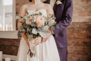 【国際結婚】ウエディングドレス、購入とレンタルどっちが安い?